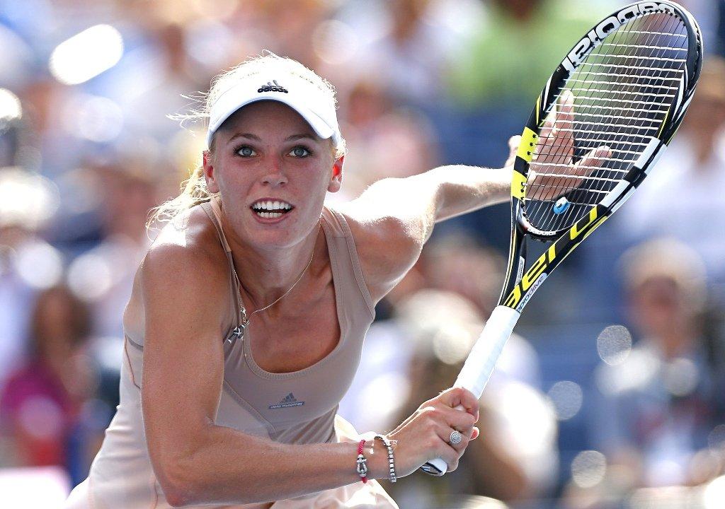 Caroline-Wozniacki-Finals_Singapore_14