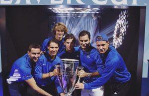 Laver Cup: Federer regala il trofeo all'Europa
